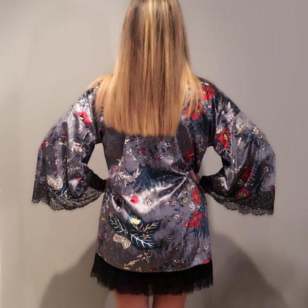 kimono terciopelo gris